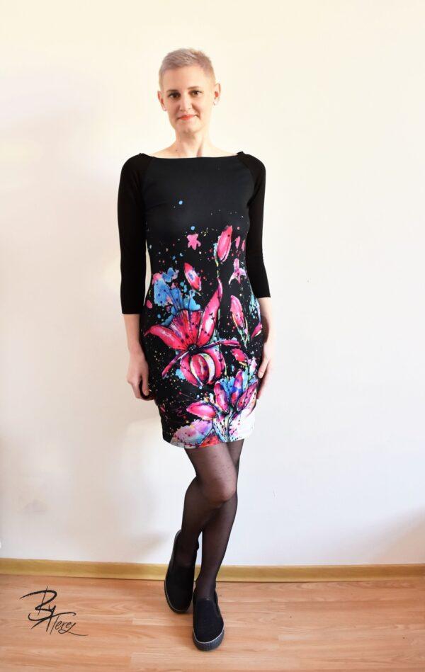Dámské šaty s designem By Terez